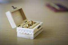 Indra un Aigars . Laulības gredzeni.